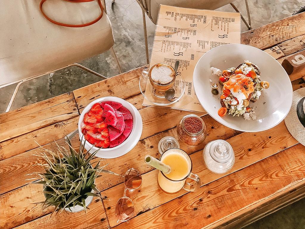 Kinh nghiệm kinh doanh tiệm ăn uống vừa và nhỏ – Kỳ 1: Bán cái gì?