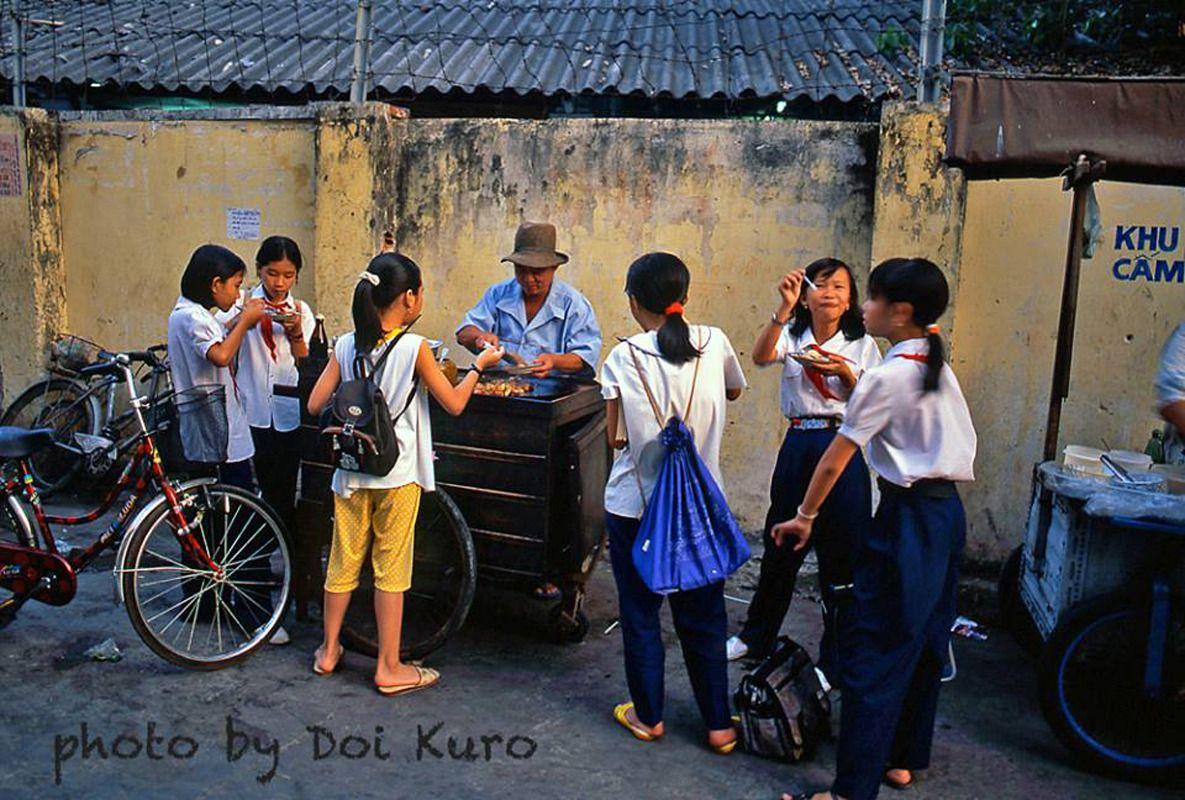 Bán và kinh doanh gì ở Gần trước cổng trường học (mặt hàng được mua nhiều)  - BYTUONG